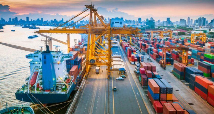 Морские контейнерные перевозки из Китая фото